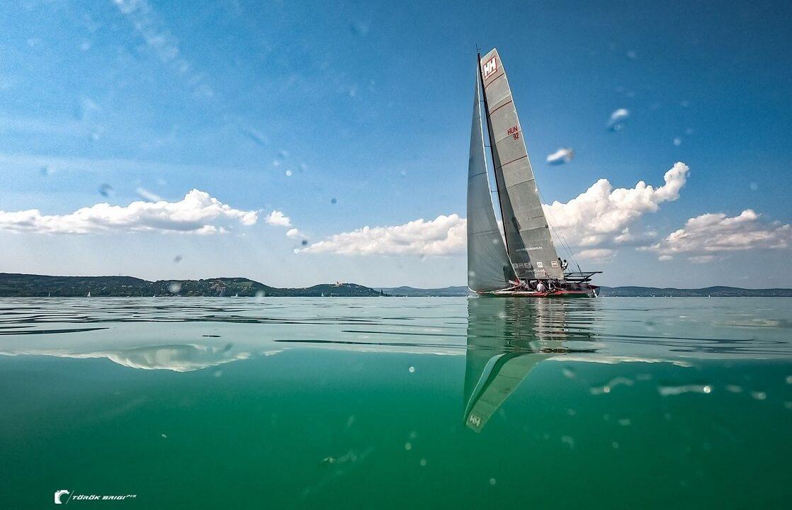 Helly Hansen Díj a leggyorsabb egytestű hajónak